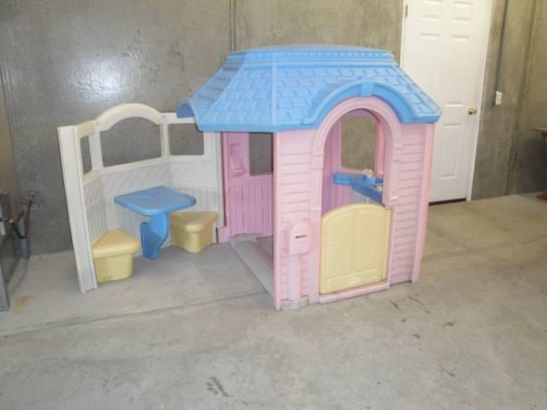 outdoor little tikes playhouse - $150