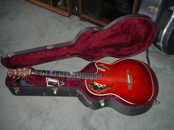 Ovation Longneck DS 778x guitar - for Sale in Milwaukee, Wisconsin