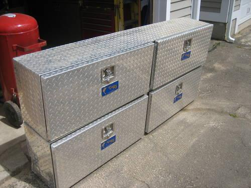 Pair of Sliding Drawer Truck Tool Boxes with Diamond Plate