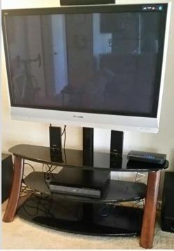 Panasonic 50 Plasma TV w Mountable Glass Stand