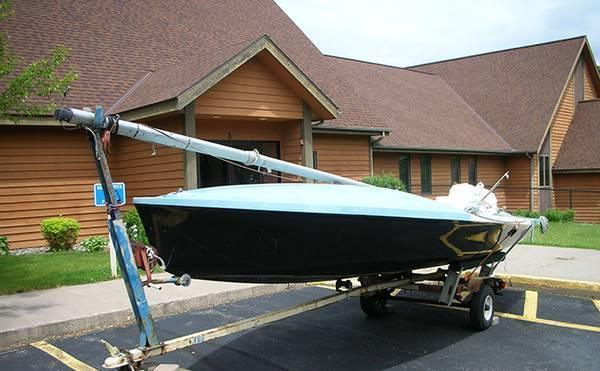 Parker 505 1977 Sailboat W/Road Ready Trailer That