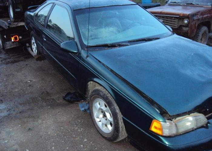 Parting Out 1994 Ford Thunderbird Good 38L 89 90 91 92