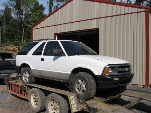 PARTING OUT 1997 CHEVY BLAZER 2 DOOR 4X4 AUTO