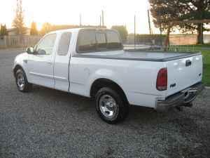 Parting Out 2002 Ford F 150 Xlt 46 L Triton V8 Pick Up