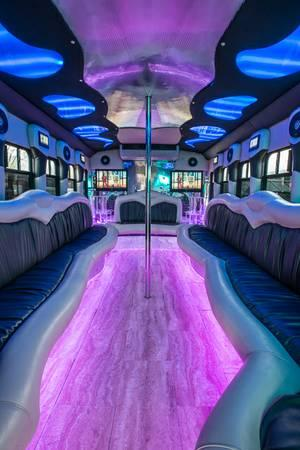 Party Bus SKRILLEX - $800