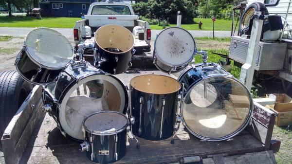 pearl drum sets for sale in crosby minnesota classified. Black Bedroom Furniture Sets. Home Design Ideas