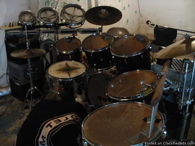 pearl prestige 10 piece studio drum kit direct from pearl for sale in kihei hawaii classified. Black Bedroom Furniture Sets. Home Design Ideas