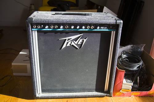 peavey kb60 keyboard bass guitar vocal amp performance ready for sale in tinton falls new. Black Bedroom Furniture Sets. Home Design Ideas