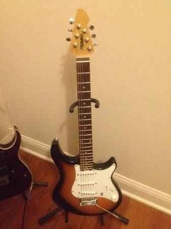 Peavey Raptor Plus Electric Guitar - $125