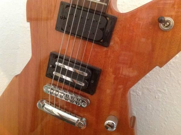 Peavey Rotor Rock n Roll Guitar - $95