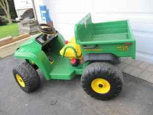 Peg Perego John Deere Gator Childs Ride On Toy Battery