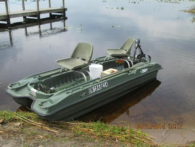 Fishing Boat Pelican Bass Raider 10e Fishing Boat