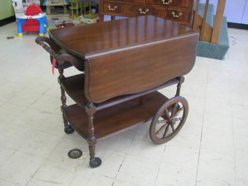 Quot Pennsylvania House Quot Cherry Drop Leaf Tea Cart For Sale In