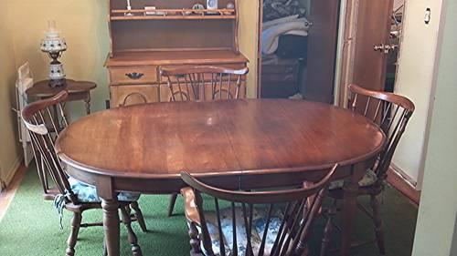 Pennsylvania House Solid Cherry Wood Diningroom Table Chairs