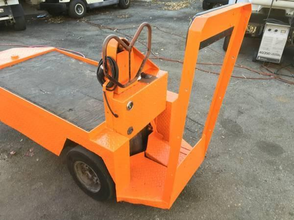 Personnel Carrier Utility Cart 3 Wheel Electric with