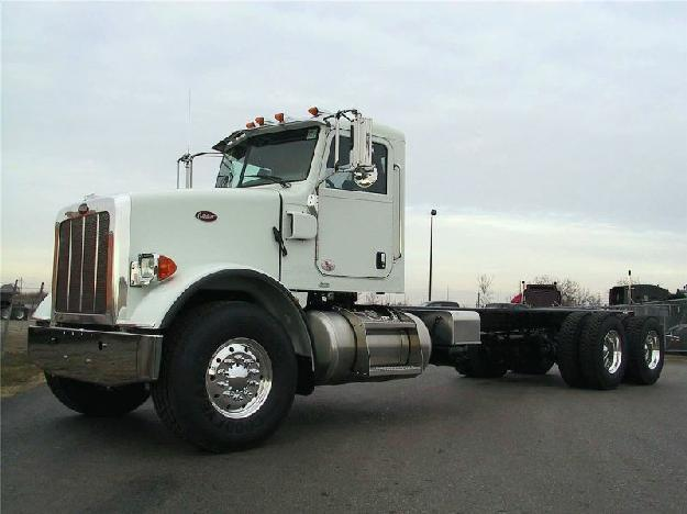 PETERBILT 365 CAB CHASSIS TRUCK FOR SALE