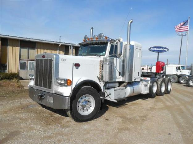 Peterbilt 379 tri-axle sleeper for sale for Sale in Olive Branch