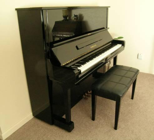Piano yamaha u3 upright for sale in grass valley for Used yamaha u3 upright piano