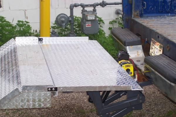 Hydraulic Lift Gate Parts : Pickup truck hitch lift gate new scratch dent better