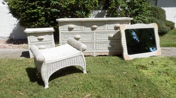 Pier 1 Imports White Wicker Bedroom Set For Sale In Lake