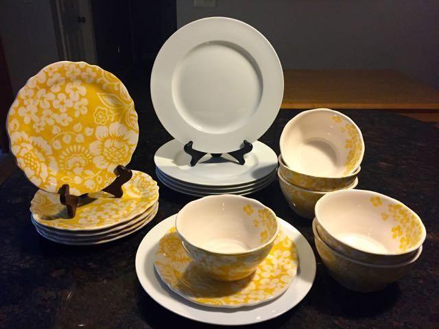 Pier 1 Luminous and Chloe Dinnerware Set for Six & Pier 1 Luminous and Chloe Dinnerware Set for Six for Sale in ...