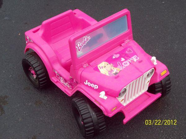 Pink electric barbie jeep #1