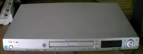 Pioneer DVD player for sale that works great.