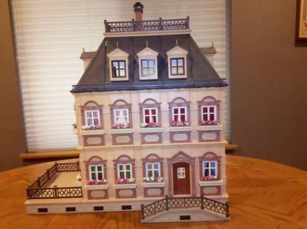 Playmobil Victorian Dollhouse 3 Stories W Furniture