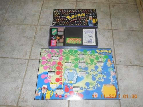 POKEMON MASTER TRAINER BOARD GAME