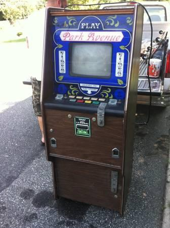Poker machine stands tall - $100