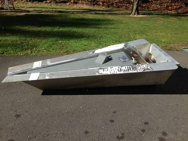 Pontoon Boat Motor Mount With Gas Tank For Sale In New