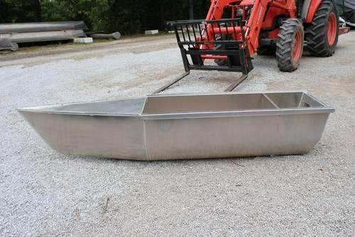 Pontoon boat motor transom pods for up to 300 hp motors for Pontoon boat without motor for sale