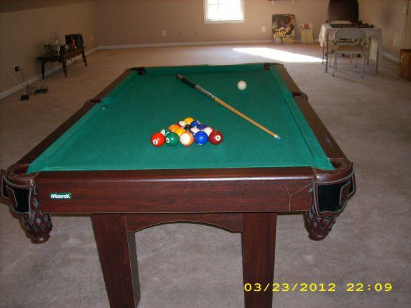 Pool Table 7Ft   $200 (Cleveland)