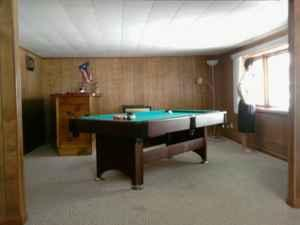 POOL TABLE MUST GO !!!! - $100 (plattsburgh)