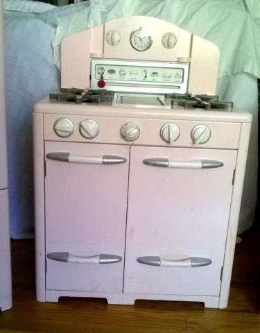 Pottery barn 3pc kids kitchen set pink retro wooden for for Kids kitchen set sale