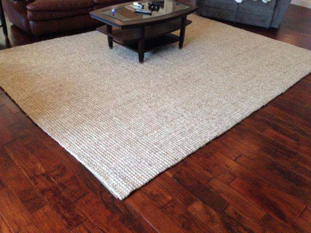 Pottery Barn 9 X12 Heathered Chenille Jute Rug Like