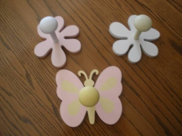 pottery barn kids butterfly and flower wall hooks 15
