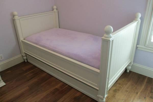 Pottery Barn Kids Thomas Bed W Mattress For Sale In