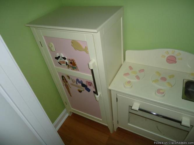 pottery barn kids kitchen set classifieds buy sell pottery barn rh americanlisted com  used pottery barn kitchen play set