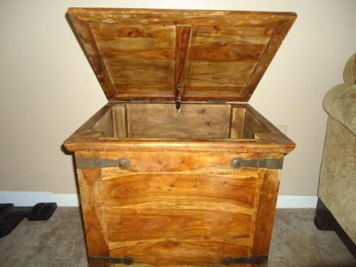 Pottery Barn Side Table   Rugged Pirate Chest