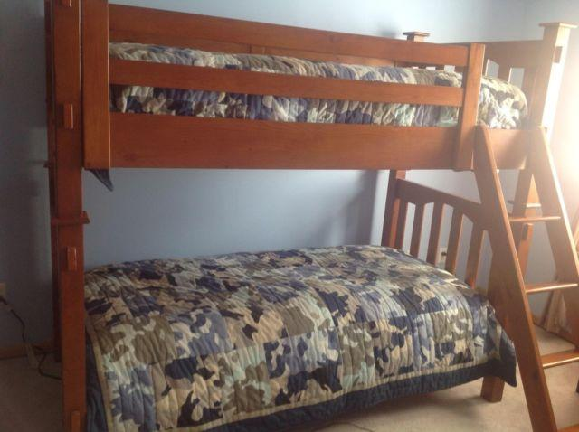 pottery barn twin bunk beds w matresses for sale in eden prairie minnesota classified. Black Bedroom Furniture Sets. Home Design Ideas