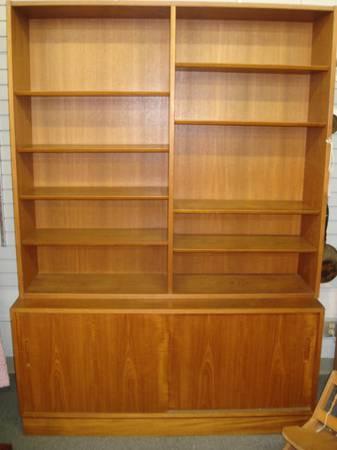 Poul Hundevad Teak Shelf Unit Bookcase Two Piece Mid