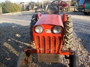 Powerking 2418 Tractor Columbia For Sale In Nashville
