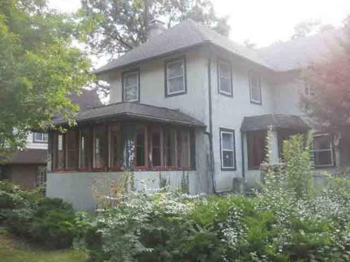 Prairie Style Historic Anderson Home Call 84 4br