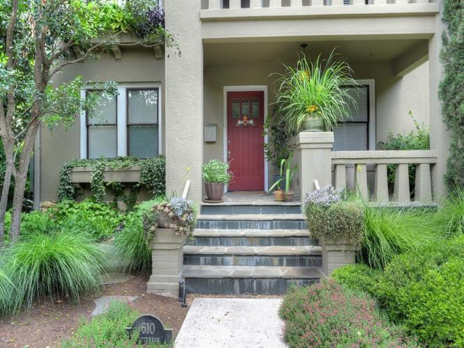 Prairie Style Home In Alamo Heights For Sale In San