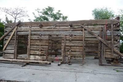 Pre civil war log cabin with hand hewn oak beams 30x18 for Hewn log cabin kits