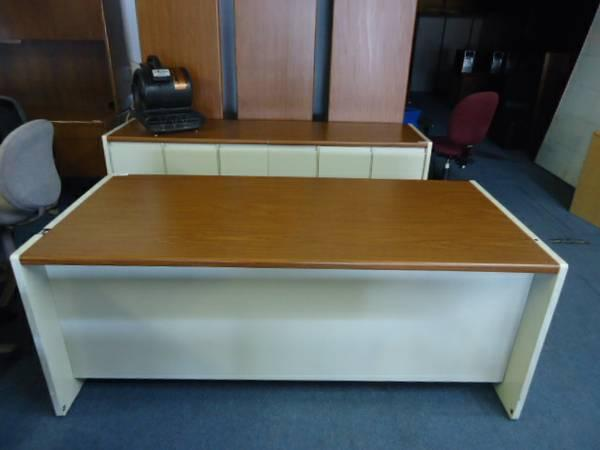 Pre Owned Industrial Office Furniture Steelcase Desk