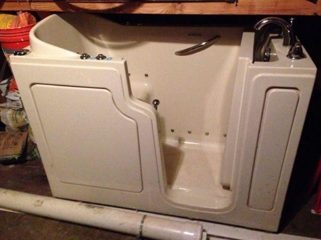 Premier Care Walk In Bathtub For Sale In Cary Illinois Classified American