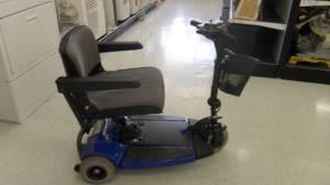 Pride Sonic Mobility Chair - $299 (5300 Silver Star