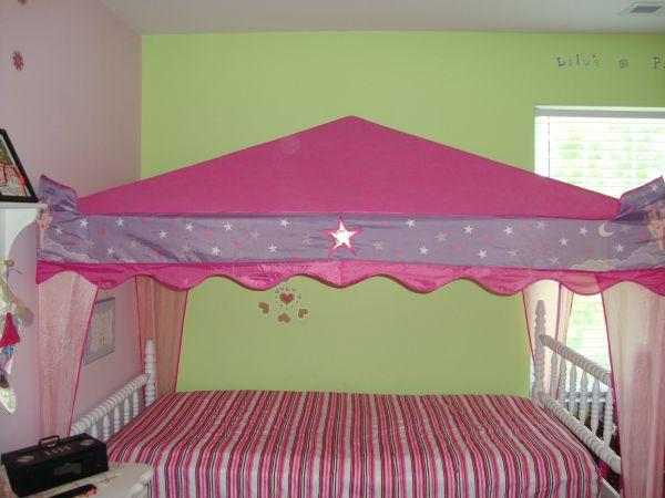 PRINCESS CASTLE CANOPY TENT FOR TWIN BED - $50 (Fort